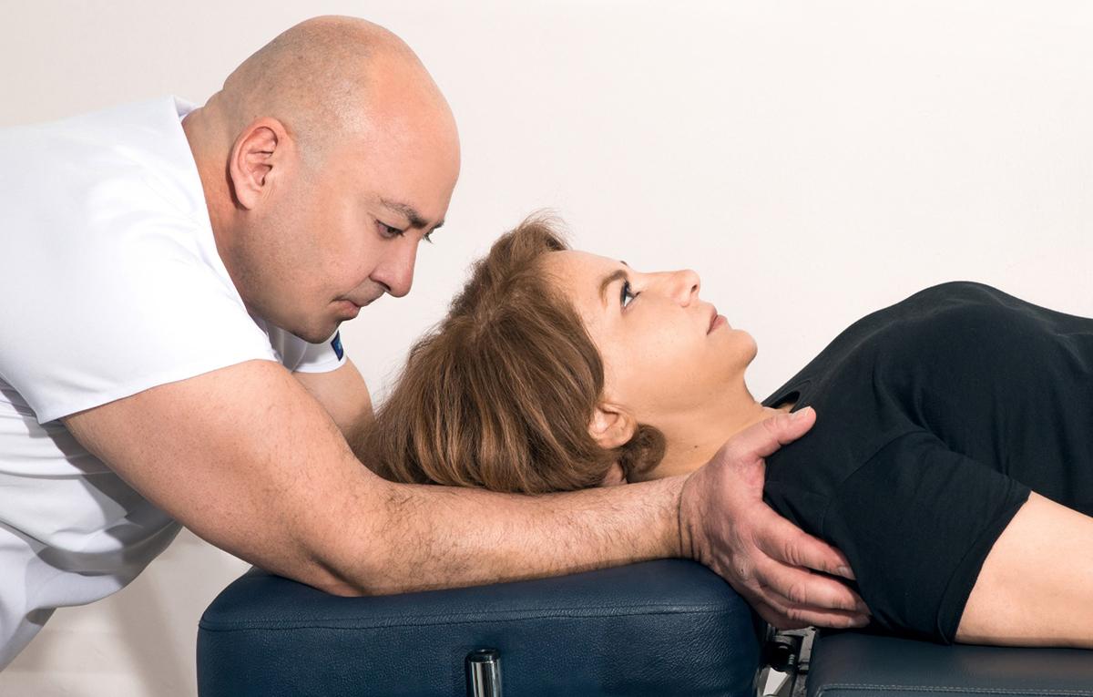 halil-aksit-manuel-terapi-boyun-duzlesmesi