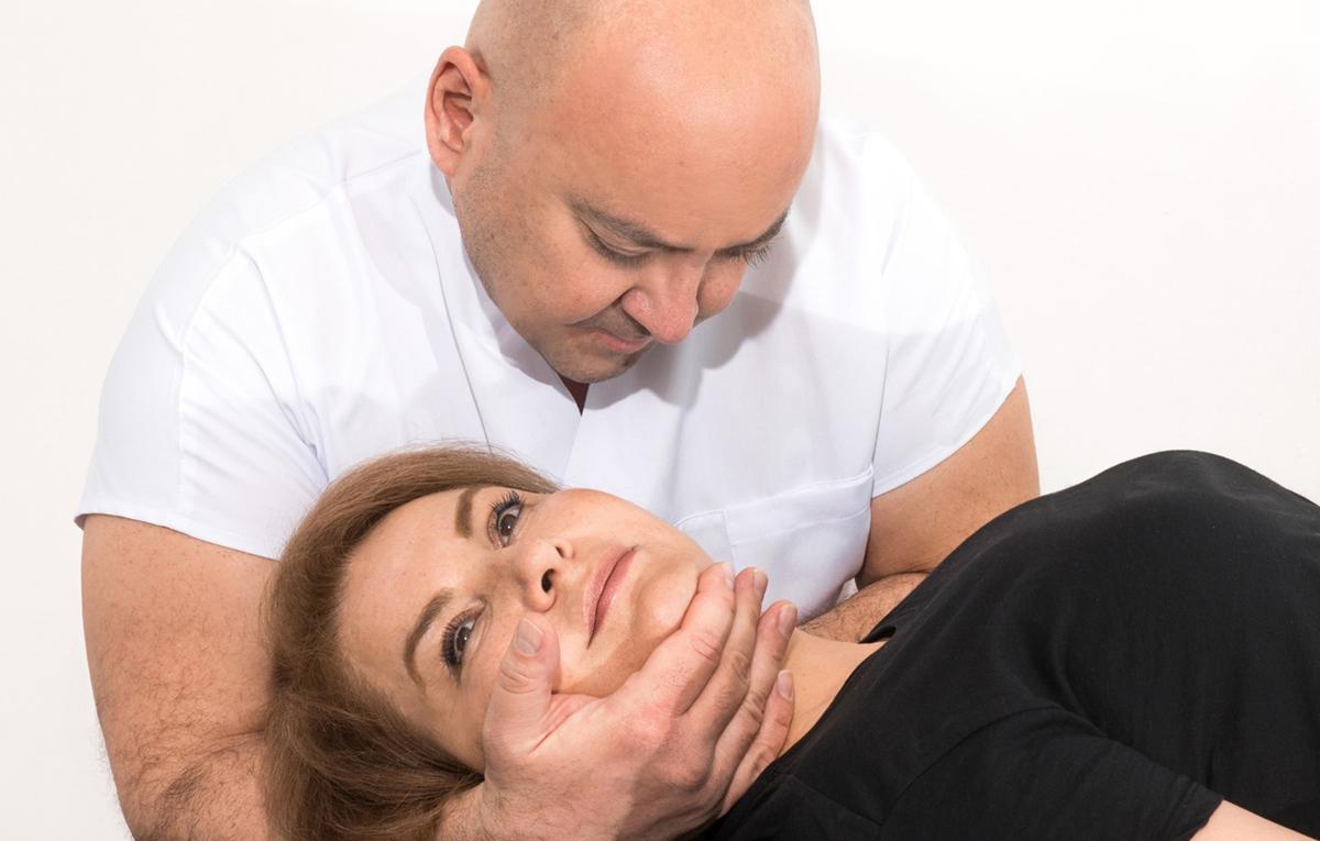 halil-aksit-manuel-terapi-boyun-fitigi